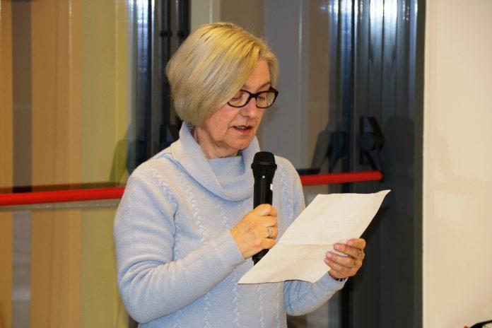 Teresa Amat, encarregada de dictar el text
