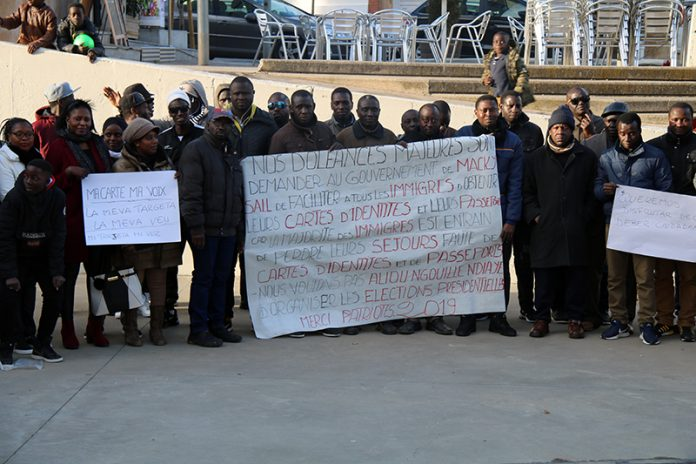 Concentració de ciutadans senegalesos a Martorell
