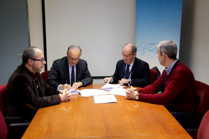 Josep Serrat, director planificació HSJD; Manuel del Castillo, gerent HSJD; Manuel Álvarez, director-gerent FHSJDM, i Rafael Gómez, adjunt direcció-gerència FHSJDM