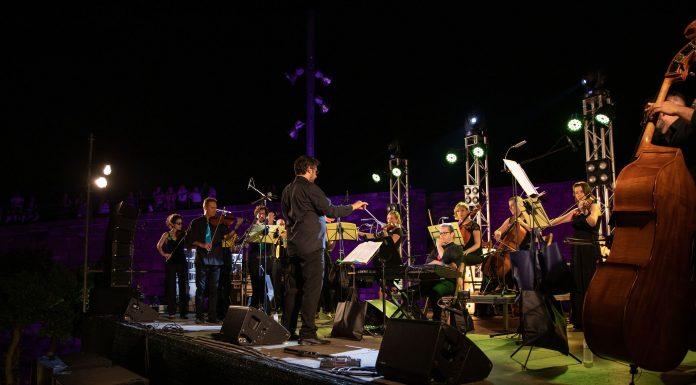 Orquestra Reial Cercle Artístic. Grisphoto