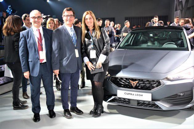 Lluís Amat, Xavier Fonollosa i Rosa Cadenas a la nova seu de CUPRA
