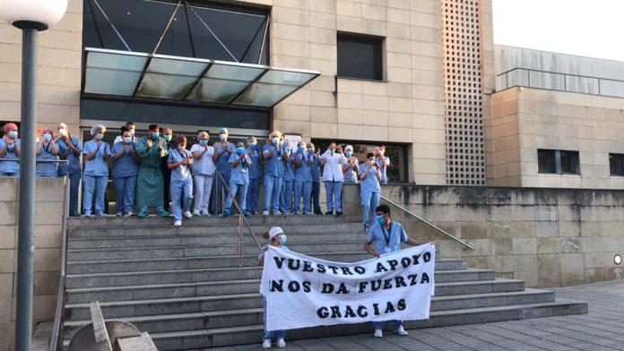 El personal sanitari de l'Hospital de Martorell a l'homenatge per la seva feina