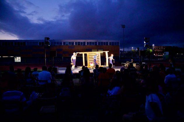 Festa Major 2021. Actuació Cia Anna Confetti. Foto: GrisPhoto